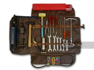 Picture of Ferrari 275 GTB4 Tool Kit For Sale by Auction
