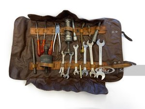 Picture of Ferrari 330365 GTC Tool Kit For Sale by Auction