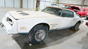 Picture of 1977 Pontiac Firebird  Coupe Project NO Engine or Trans $2.9 For Sale
