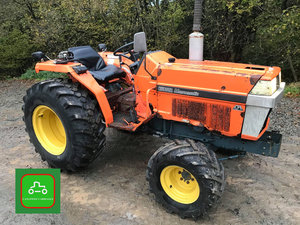 KUBOTA L1-18D COMPACT 4X4 TRACTOR ALL WORKS WELL SEE VIDEO