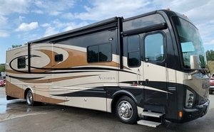 Picture of 2008 DAMON ASTORIA PACIFIC EDITION 3772 MOTORHOME For Sale
