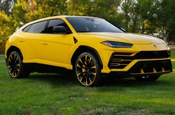 2019 Lamborghini Urus SUV 5 Door AWD Yellow Loaded $238k