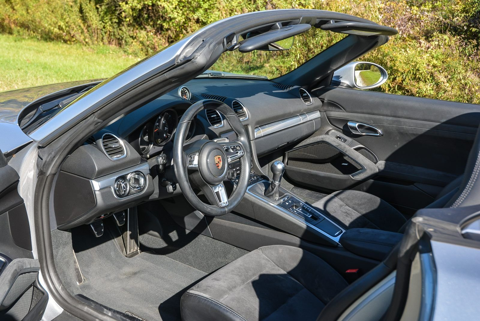 2019 Porsche 718 Boxster GTS - Manual 9.9k miles Silver $ For Sale (picture 4 of 6)