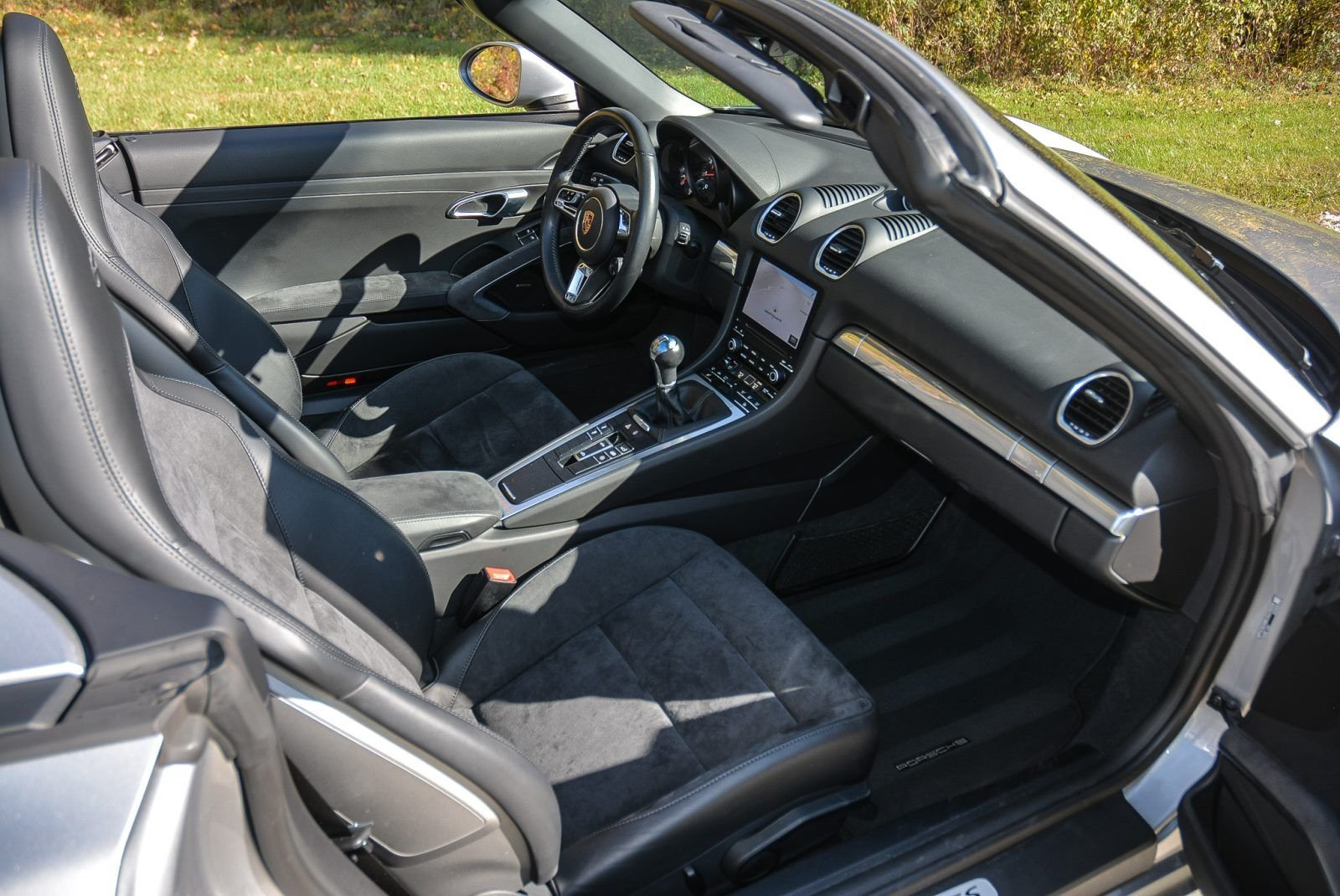 2019 Porsche 718 Boxster GTS - Manual 9.9k miles Silver $ For Sale (picture 5 of 6)