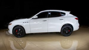 Picture of 2017 Maserati Levante S Q4 SUV 4WD clean Ivory(~)Red $59.9k For Sale