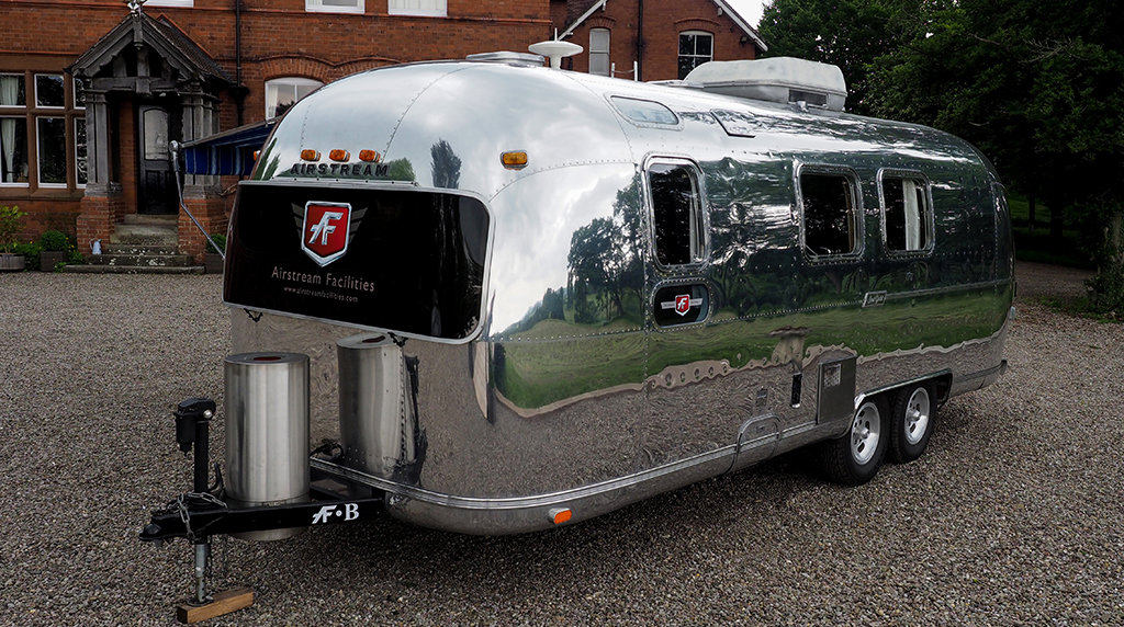 1976 Airstream Land Yacht For Sale (picture 4 of 6)