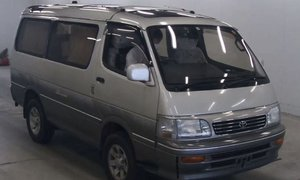 1995 Toyota HiAce Super Custom Ltd 4WD 1KZTE turbo-diesel al