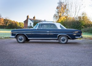Picture of 1967 Mercedes-Benz 220SE Coup SOLD by Auction