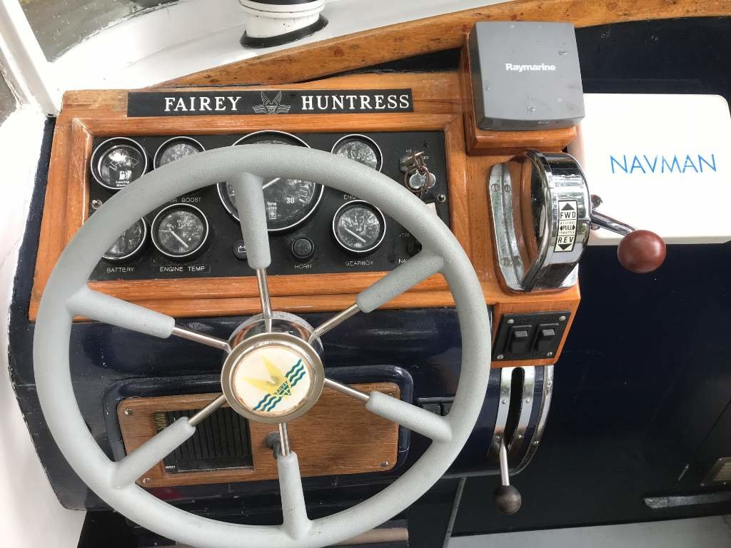 1961 Fairey Huntress 23 For Sale (picture 5 of 12)