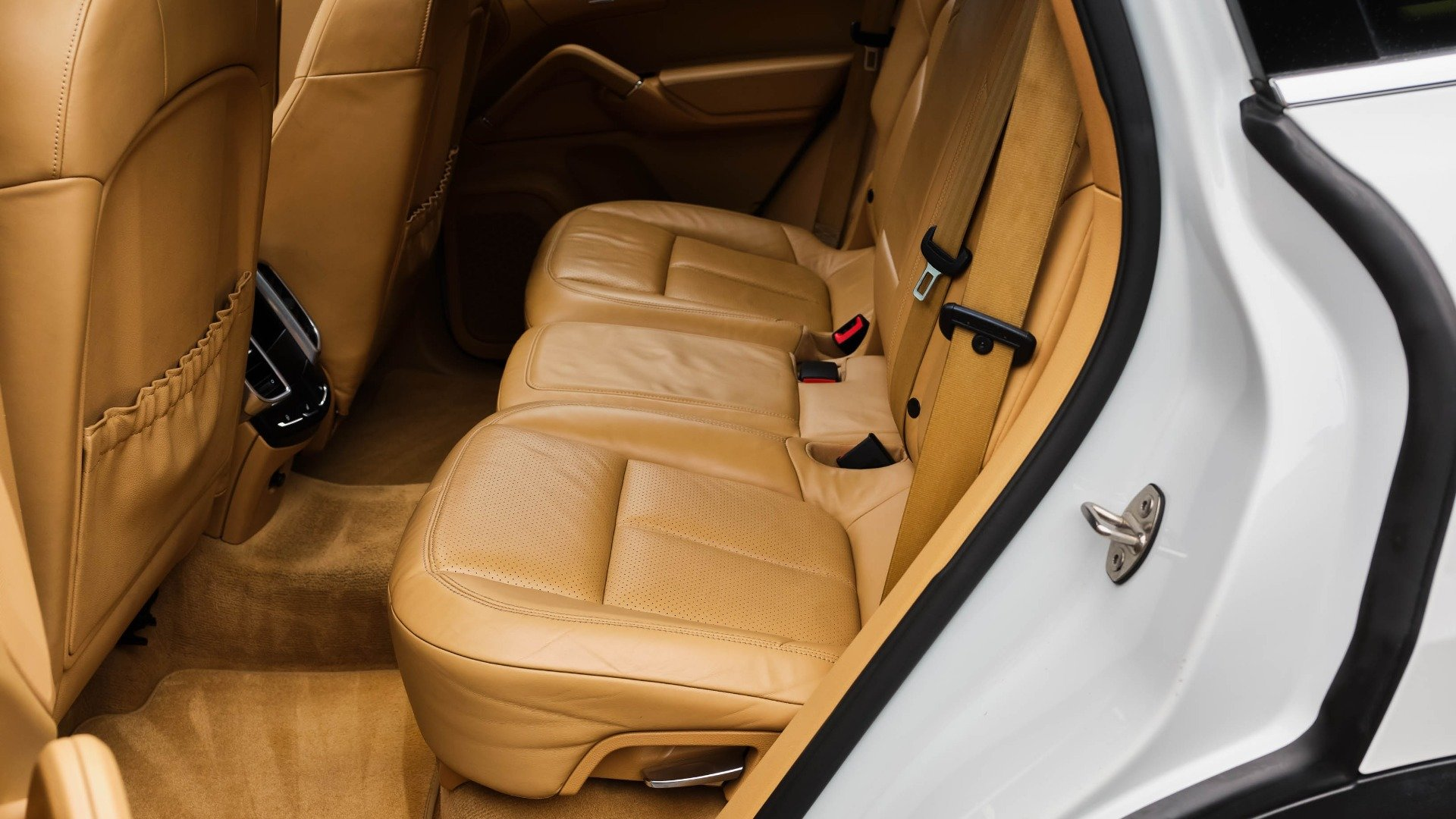 2012 Porsche Cayenne S Hybrid = SUV AWD Hot~Seats $21.5k For Sale (picture 5 of 6)