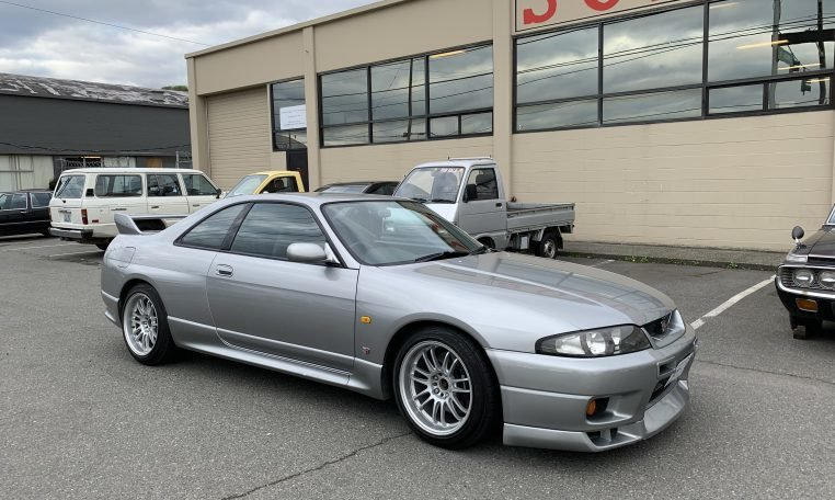 2005 Nissan Skyline R33 V-Spec RHD AWD 5 Speed Silver $40k For Sale (picture 1 of 6)
