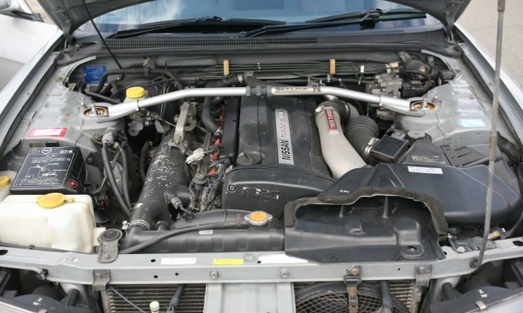 2005 Nissan Skyline R33 V-Spec RHD AWD 5 Speed Silver $40k For Sale (picture 5 of 6)