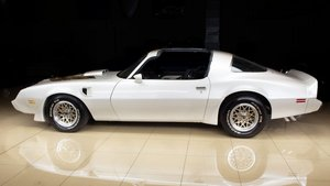 Picture of 1979 Pontiac Firebird Trans Am Coupe Hi-Pro 400 4 speed $38. For Sale