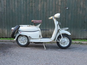 Picture of 1956 Motobcane 124cc Moby Montagne-Luxe Scooter For Sale by Auction