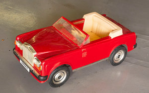 Picture of 0 Rolls-Royce Corniche Childs Car by Triang, 1980s,