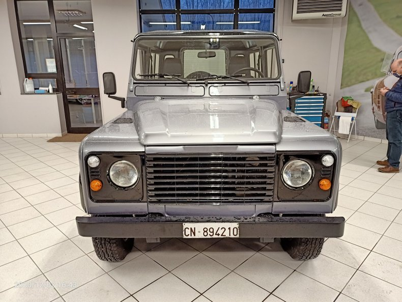 1994 Land Rover Defender defender SUV AWD - 3 Doors LHD For Sale (picture 3 of 11)