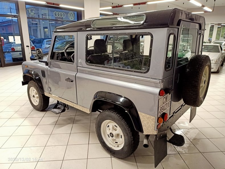 1994 Land Rover Defender defender SUV AWD - 3 Doors LHD For Sale (picture 4 of 11)