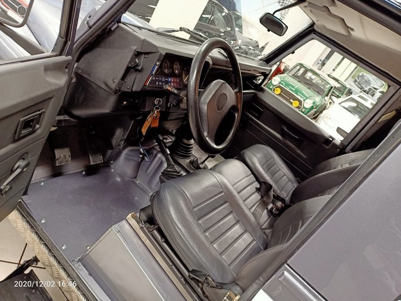 1994 Land Rover Defender defender SUV AWD - 3 Doors LHD For Sale (picture 5 of 11)