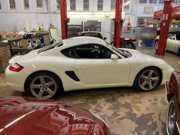 2006 Porsche CAYMAN Coupe S Coupe 6 speed Manual $39.9k