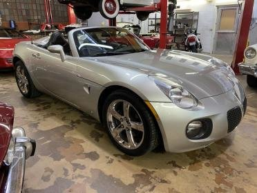 Picture of 2007 Pontiac Solstice GXP Roadster Convertible 46k miles $11 For Sale