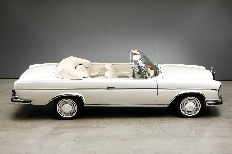 1967 300 SE 6,3 Ltr. Cabriolet For Sale (picture 4 of 12)