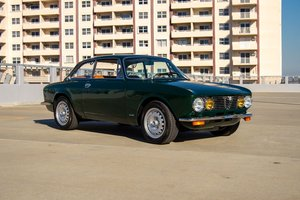 Picture of 1974 Alfa Romeo GTV Coupe low 23k miles 5 Spd Green $67.5k For Sale