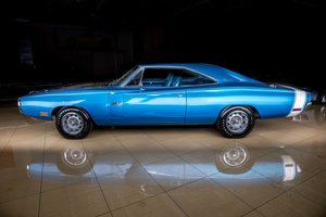 Picture of 1970 Dodge Charger Coupe R/T 440-6bbl Rare 4 Speed $109.9k For Sale