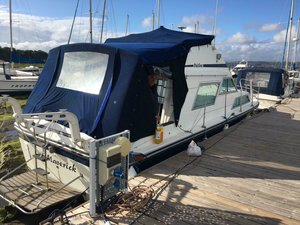 Picture of 1984 FAIRLINE 32 POWER CRUISER SLEEPS 6 TWIN VOLVO PENTAS For Sale