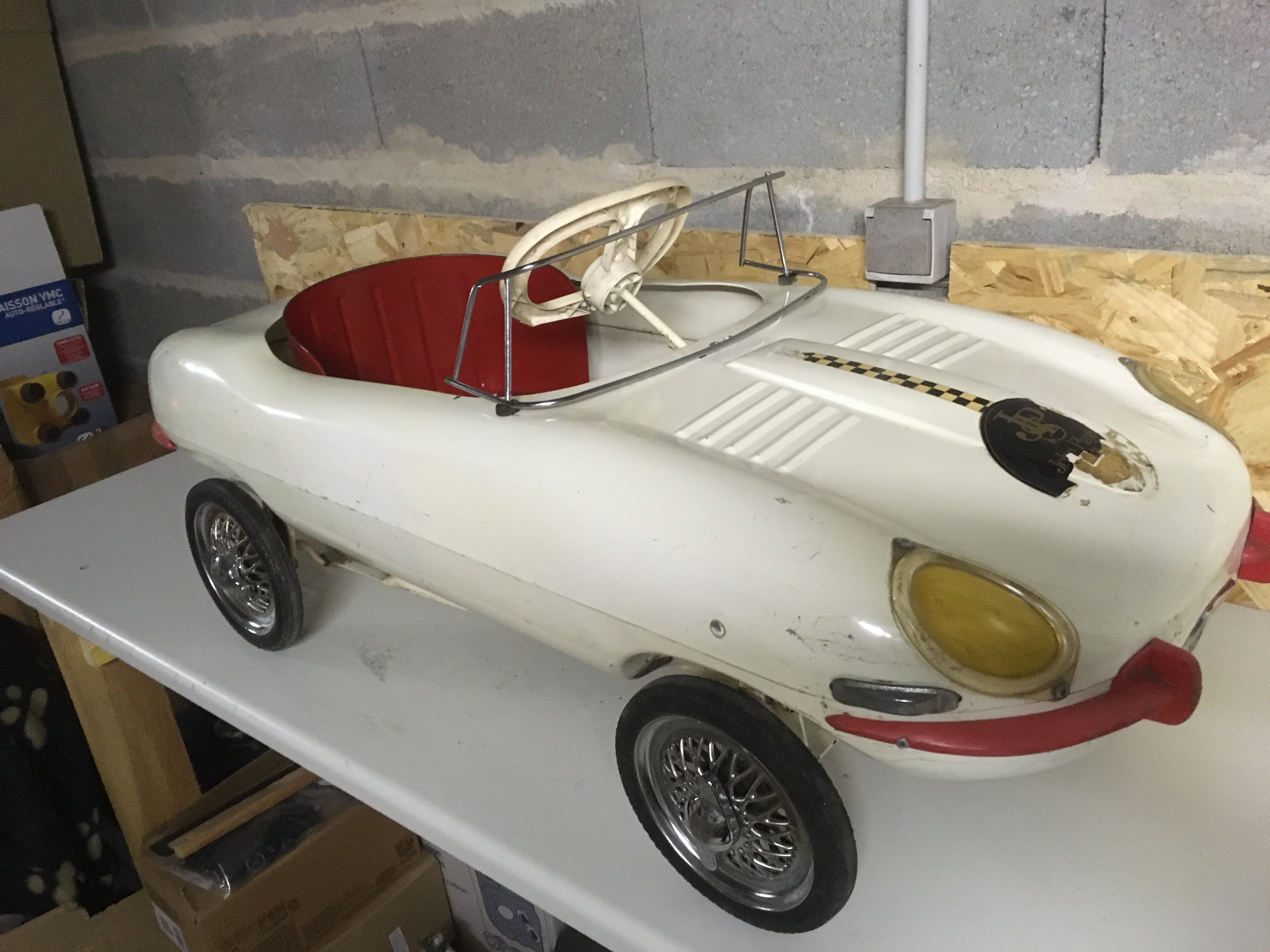 Picture of Triang Jaguar E-type pedal car For Sale