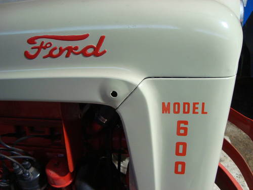 1955 Fordson 600 Tractor SOLD (picture 3 of 6)