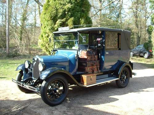 Hire LONDON TAXI CABS FOR FILM & TV  1920 to present day For Hire (picture 1 of 5)