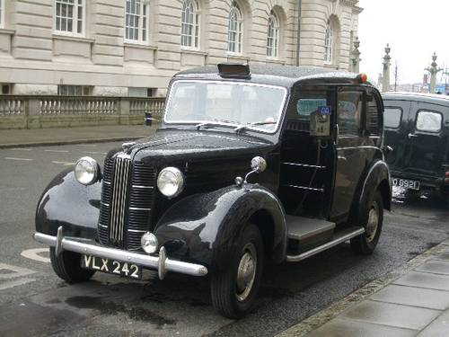 Hire LONDON TAXI CABS FOR FILM & TV 1920 to present day For