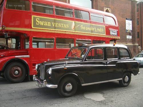 Hire LONDON TAXI CABS FOR FILM & TV  1920 to present day For Hire (picture 4 of 5)