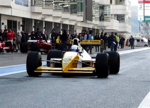 1990 Minardi M190 Formula1 - Pierluigi Martini-Paolo Barilla For Sale (picture 4 of 6)