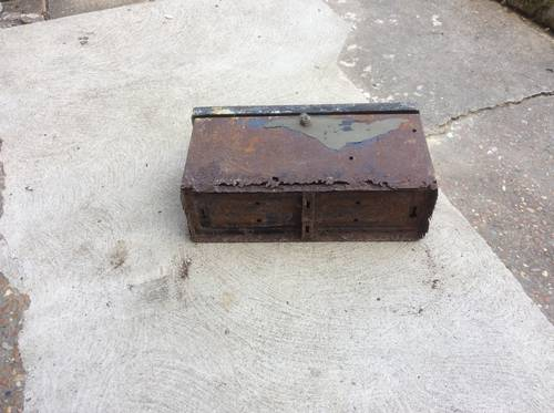 1920 TOOL or BATTERY BOX for Old Car / Military Vehicle For Sale (picture 2 of 3)