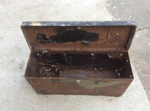 1920 TOOL or BATTERY BOX for Old Car / Military Vehicle For Sale (picture 3 of 3)