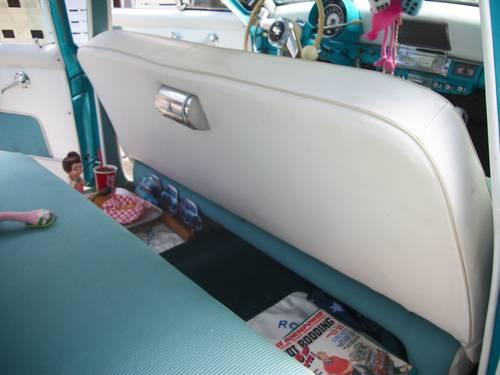 1953 Kaiser Manhatten 4DR Sedan For Sale (picture 5 of 6)