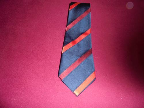 1980 Navy Blue Red Stripe Tie. For Sale (picture 1 of 1)