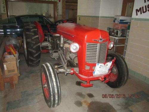 1953 Massey Ferguson 35X Tractor For Sale (picture 2 of 6)