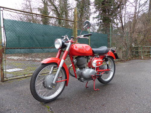 1963 Beautiful Moto Morini Tresette 175, top condition For Sale (picture 1 of 6)