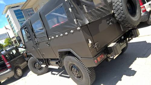 1992 IVECO Military 4X4 Nut and Bolt Restored 7 passenger vehicle For Sale (picture 1 of 6)