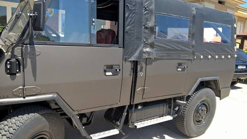 1992 IVECO Military 4X4 Nut and Bolt Restored 7 passenger vehicle For Sale (picture 4 of 6)