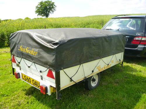 Classic trailer tent with awning Sunseeker PRICE DROP SOLD (picture 1 of 5)
