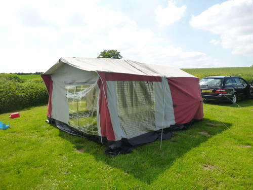 Classic trailer tent with awning Sunseeker PRICE DROP SOLD (picture 2 of 5)