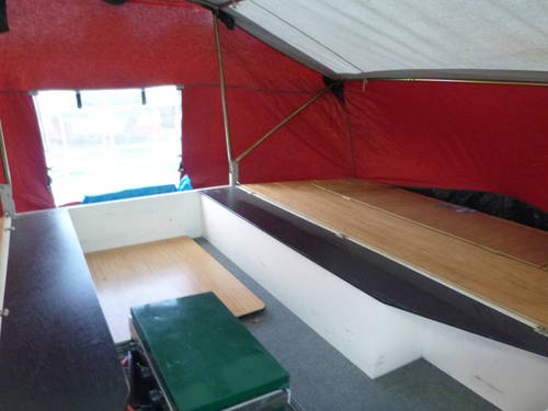 Classic trailer tent with awning Sunseeker PRICE DROP SOLD (picture 5 of 5)