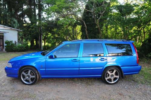 1999 Volvo V70R PH-3 AWD Lazor Blue 75,756 miles from new SOLD (picture 2 of 6)