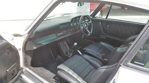 1984 Porsche 930 Turbo Coupe - Low ownership and mileage FSH SOLD (picture 4 of 6)