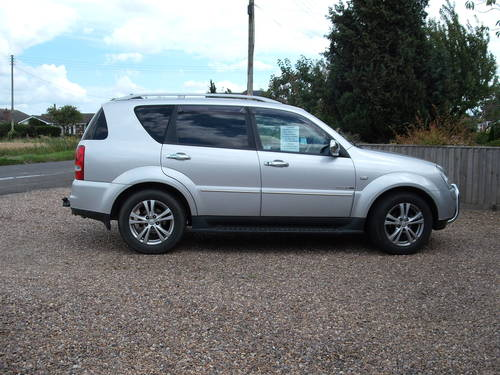 Ssangyong Rexton EX 2.7 RX270XDI 2012 Auto 7 Seats 45k Miles SOLD (picture 5 of 6)