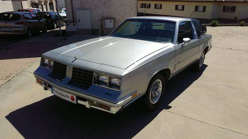 GMC Regency OldsMobile Cutlass Supreme Brougham For Sale (picture 1 of 6)