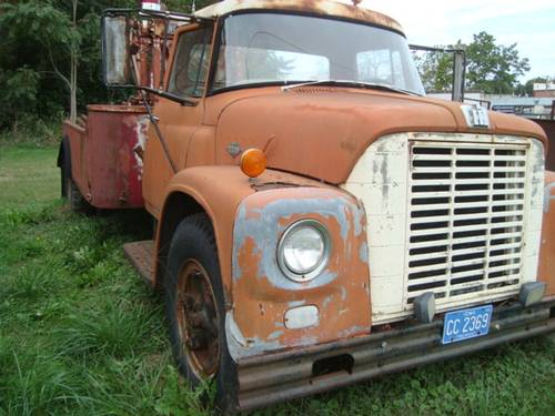 1954 International Loadstar 1600 Tow truck For Sale (picture 1 of 6)